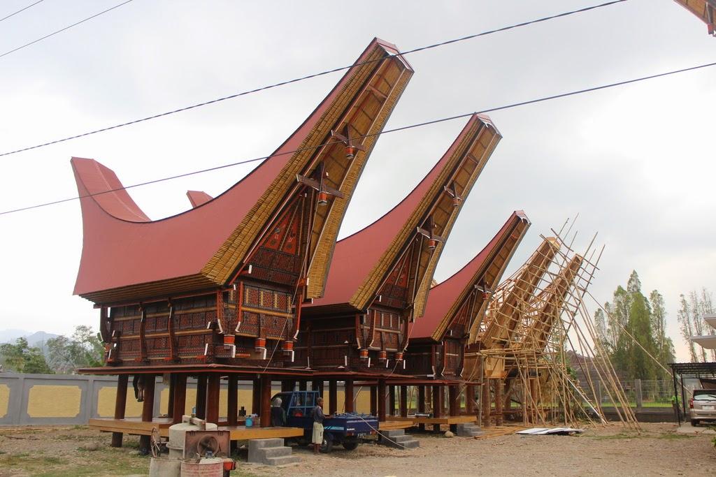 Vecteurs, égalités, démonstrations, points alignés, première, Rantepao, Toraja