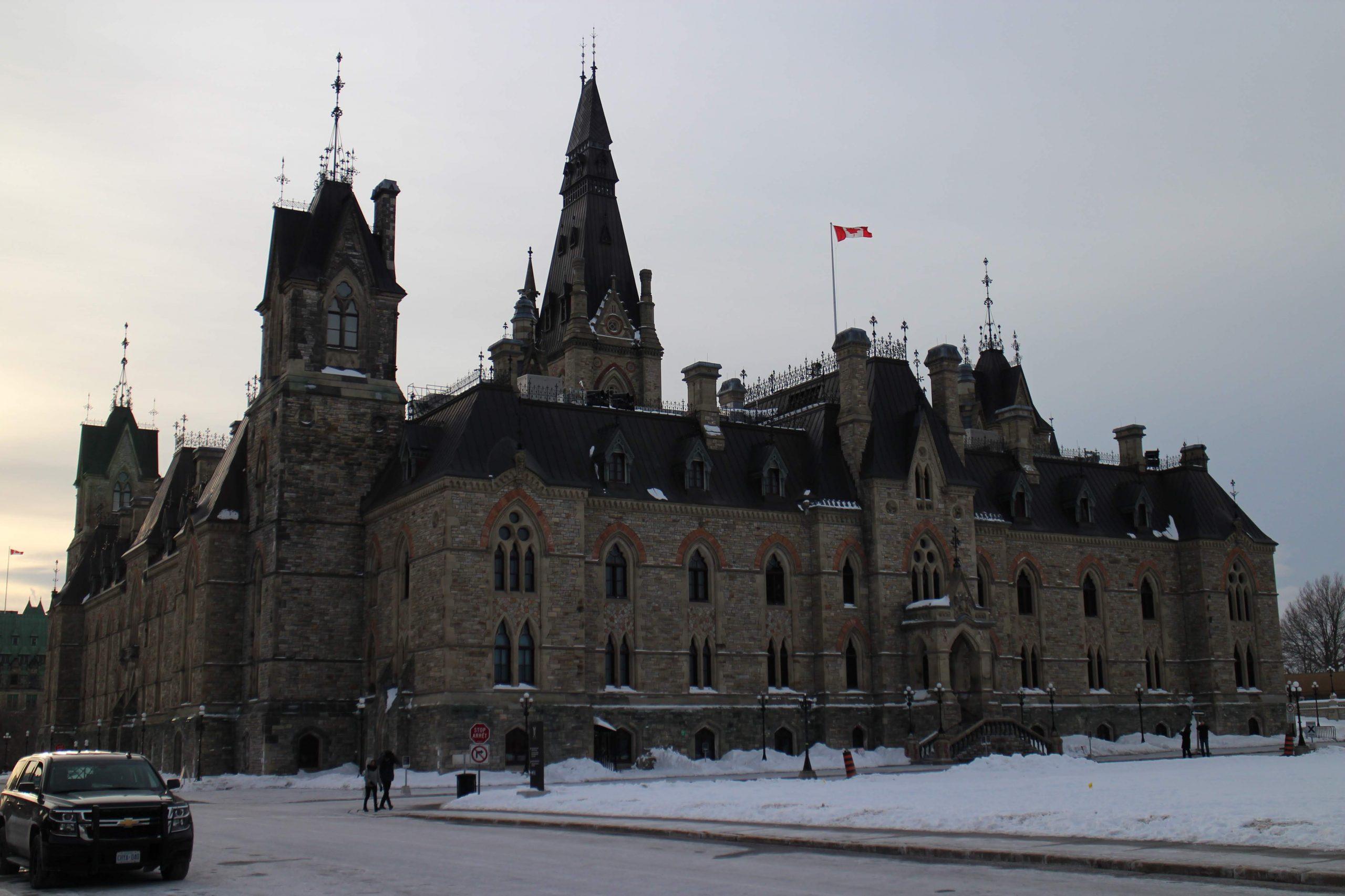 Suite, somme, limite, inéquation, algorithme, terminale, Ottawa, Canada
