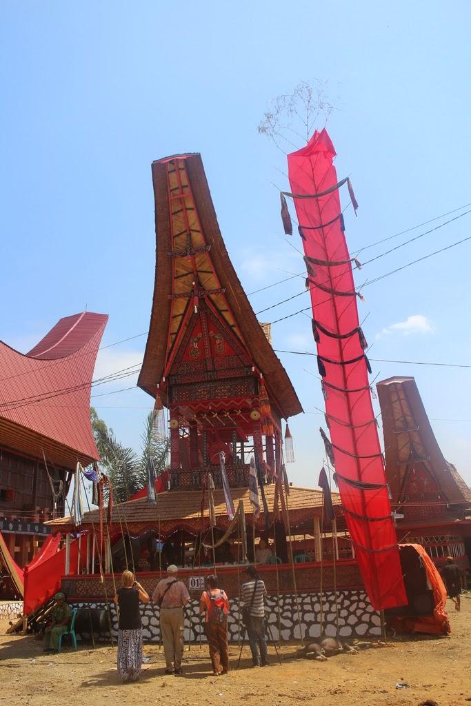 Géométrie 3D, tétraèdre, plans, intersection, droite, seconde, Toraja, Sulawesi