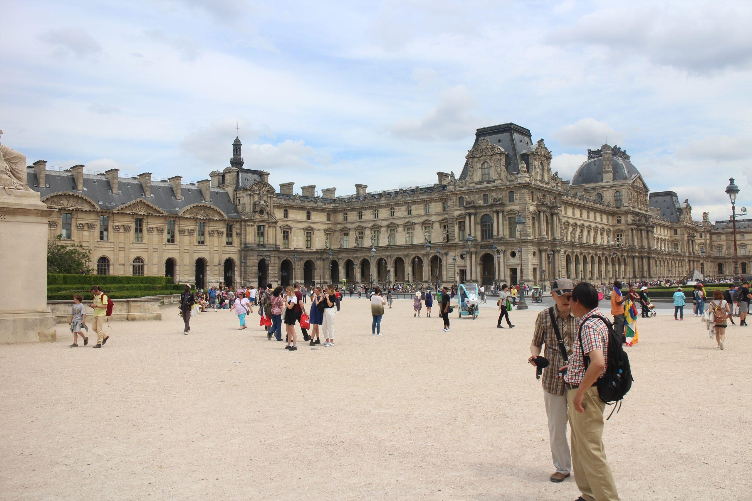 Exercice, produit scalaire, formules, orthogonaux, cosinus, normes, première, place du Louvre, Paris